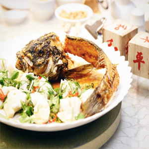 Steamed Wild Cod Fish with Deep fried Cod Fish Head & Tail